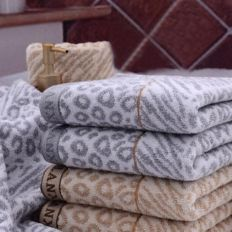 Jacquard Polyester Towel